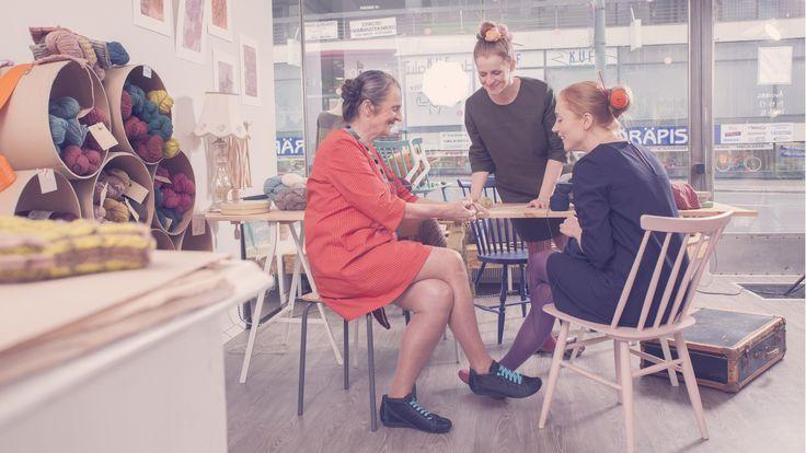 Mirka Pukine & Kässäkerho Pom Pom Photo: Jonna Kaasalainen Kuopio, Finland