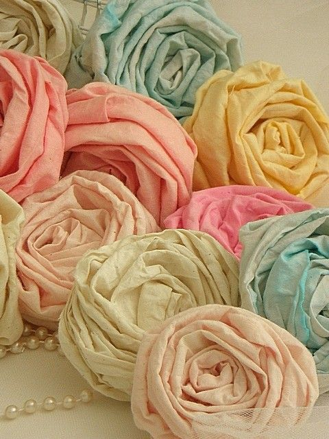 Flower pastels.: Fabric Roses, Pastel, Paper Rose, Soft Colors, Ribbon Rose, Ribbons Rose, Fabrics Rose, Rose Tutorials, Fabrics Flowers