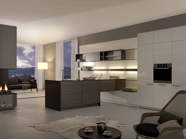Inspirational modern kitchen by Leicht K chen AG Shows connection of kitchen to living