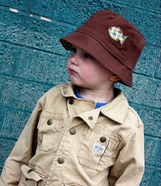 Free bucket hat pattern - 4 in 1 reversible bucket hat: Sewing, Free Pattern, Hats Tutorials, Hat Patterns, Toddlers Buckets, Kids Clothing, Hats Pattern, Buckets Hats, Sun Hats