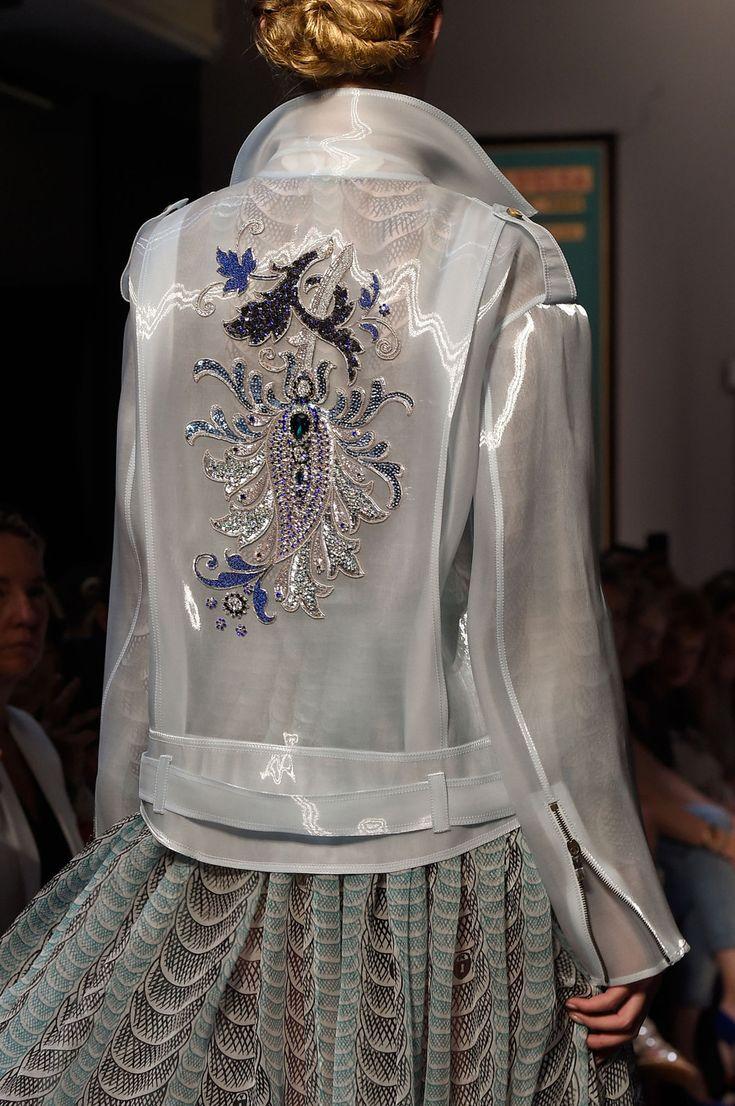 fashion designer cover letter%0A Schiaparelli at Couture Fall