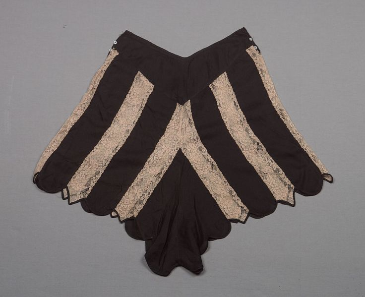 Black silk chiffon and beige lace knickers (tap pants) with scalloped hem and pointed yoke, attributed to Herminie Cadolle, French, c. 1930s.