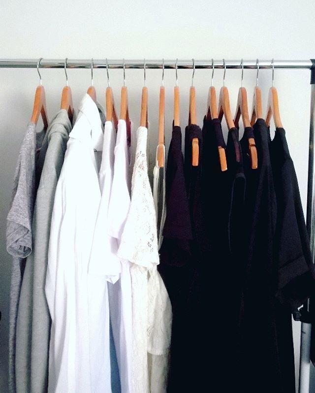 S E J A V O C Ê ✨ Cores da minha arara, cores da minha vida. #dresses #looks…
