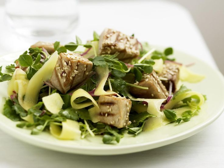 Thai-style seared tuna and green mango salad, fish and seafood recipe, brought to you by Australian Women's Weekly