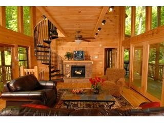 34 best vacation homes images on pinterest gatlinburg for Stone creek cabins