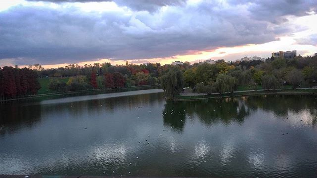#sunset #yellow #clouds #lake #park #bucharest