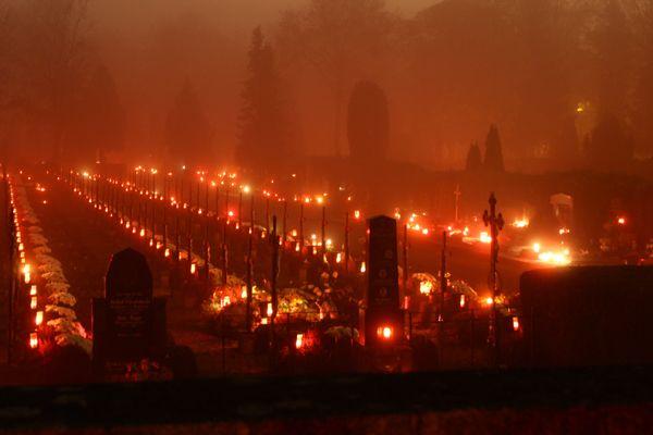 cemetery by night in Wels, Austria on All Hallows Eve ~ Friedhof bei Nacht in Wels, Österreich an Allerheiligen