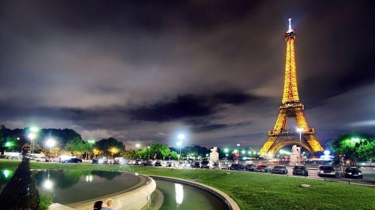 Download Wallpaper 1366x768 France, Paris, Eiffel tower, Light ...