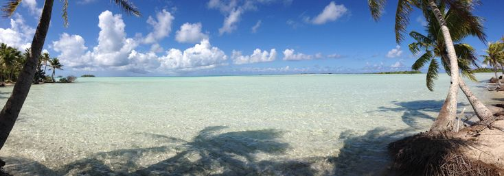 A lagoon within a lagoon  shallow enough to walk between islands. The Blue Lagoon Rangiroa French Polynesia. [69602438] [OC] #reddit
