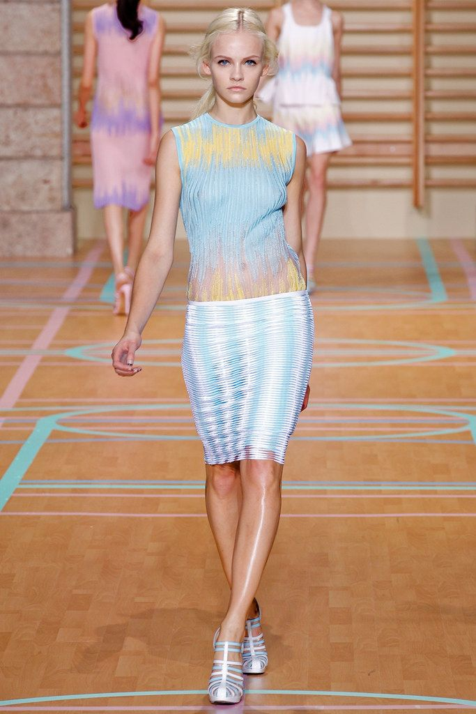 designer coats for women Versus Versace Spring 2012 Ready to Wear Collection Photos   Vogue
