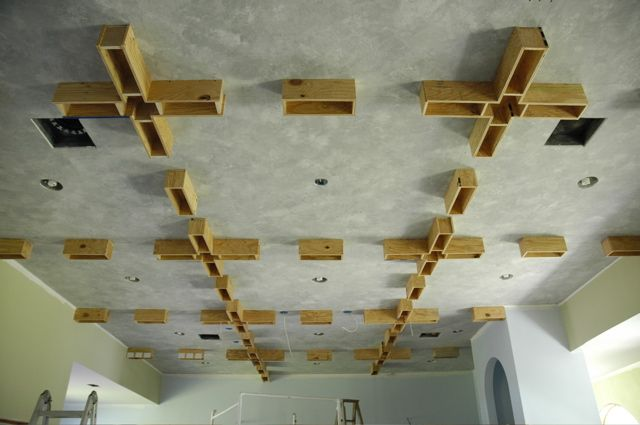coffered ceiling, A-HA! thats how they do it! :)