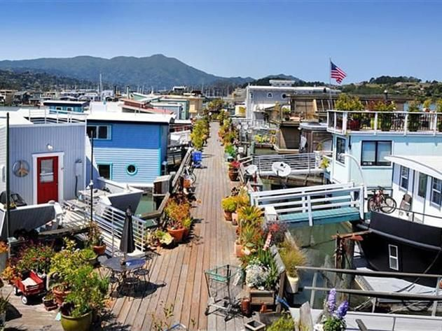What's it Like to Live in a Houseboat? >> http://www.frontdoor.com/houses/whats-it-really-like-to-live-in-a-houseboat?soc=pinterest