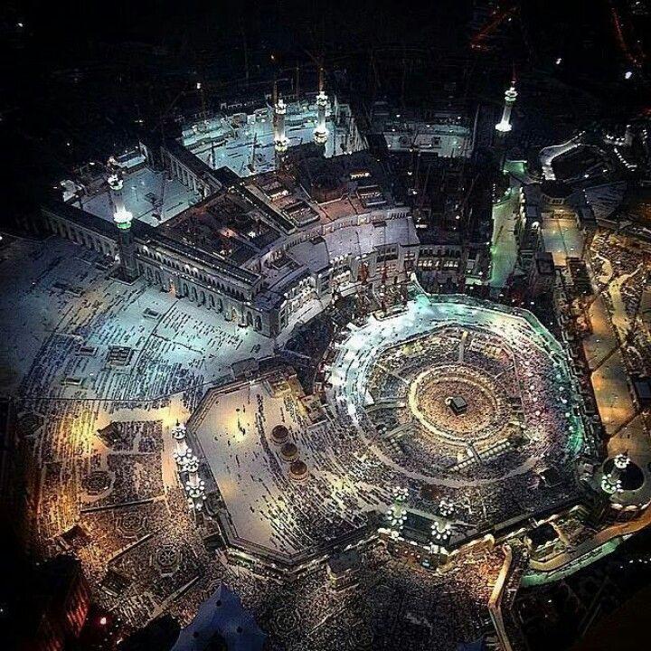 Masjid Al-Haram, Makkah. Night view from way above. Subhanallah. So beautiful ♥♥♥ - via Islamic Thinking