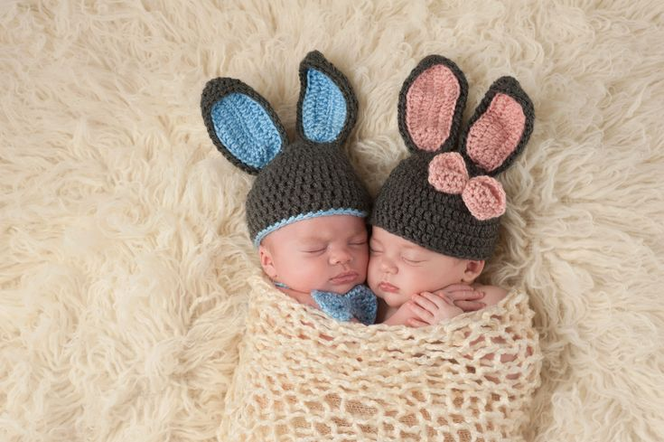 Twin Names: Seven Ways to Link