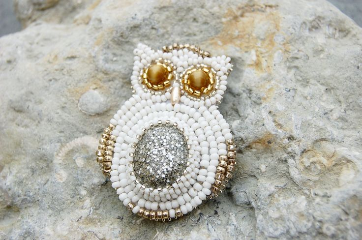 Bead embroidery owl, white owl brooch, Hedwig Harry Potter brooch, beaded brooch, beaded animal, beaded owl, animal brooch, novelty brooch by BeadItUpJewels on Etsy