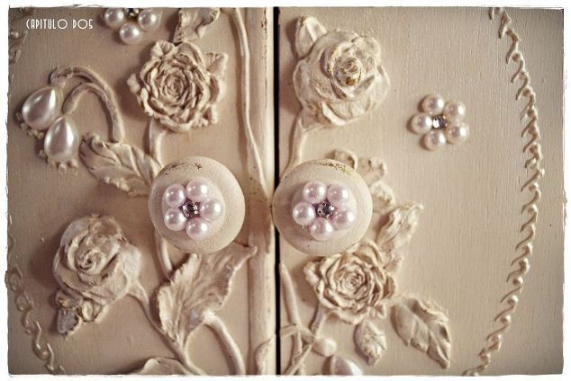 working with appliques on nightstands, painted furniture, repurposing upcycling