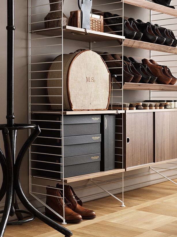 String Shelving In White And Walnut String System