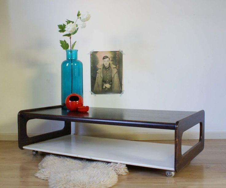 Vintage salontafel op wielen. Retro tafel jaren 60/70. | Toffe meubels | Flat Sheep