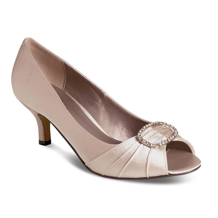 WPLRTAU Taupe Mother of the Bride Groom Shoe Available sizes 4-8 #weddingshoes#occasionshoes#bridesmaidshoes#satinshoes#taupeshoes#motherofthebridegroomshoes  Wedding Pearls, 106 Minster Rd, Stourport on Severn DY13 8AB Call 07896 436797 www.weddingpearls.net