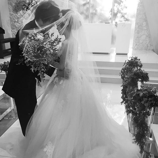 挙式前のお時間は  お二人だけでチャペルで撮影  お二人らしい素敵な一枚をお撮りいたします  ディアステージ #つくば #結婚式 #ゲストハウス #リゾート #wedding #花嫁 #fiorebianca #結婚式場 #つくば市 #茨城県 #ディアステージつくばフォレストテラス #プレ花嫁 #オシャレwedding #リゾート婚 #チャペル #オシャレ婚 #全国の花嫁と繋がりたい #結婚#チャペル#自然光#海外#人気#写真好きな人と繋がりたい #バージンロード