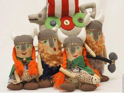 Викинг. Женщина Викинг. Норвегия. Скандинавия. Игровая кукла. Драккар. Купить недорого. Недорогой подарок. Подарок мальчику. Любителю старины. Любителю истории. Викинги. Викингша.