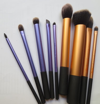 Real Techniques Brushes Review!
