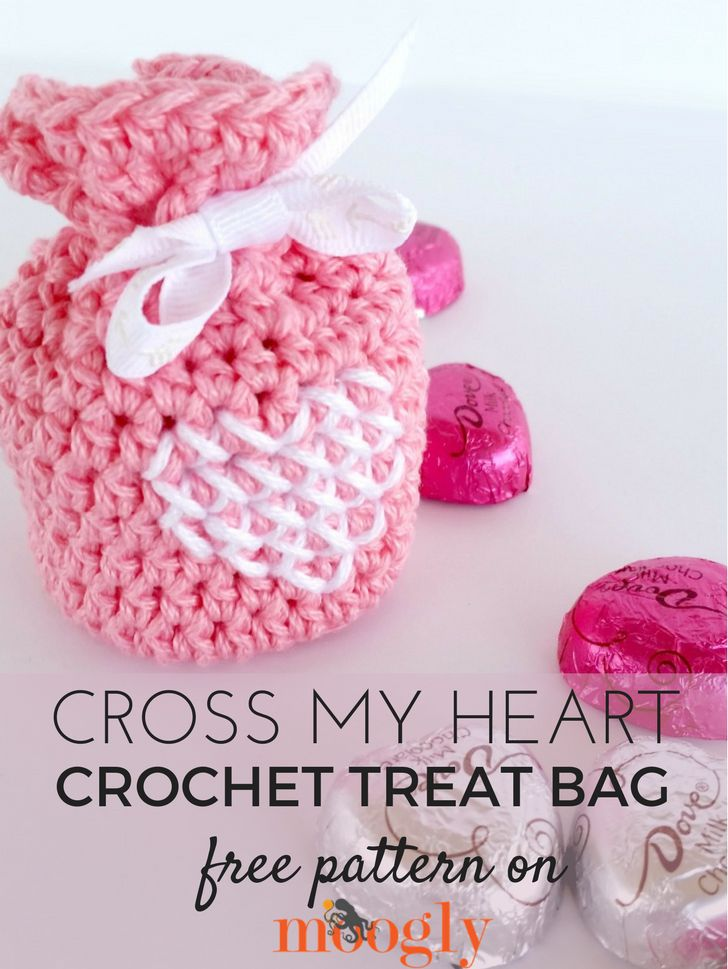 Cross My Heart Treat Bag - free crochet pattern on Mooglyblog.com! *** #crafts #valentines day #gift idea #crochet #free pattern #kids treats #treat bags #valentine's crafts #cross stitch #gifts #diy