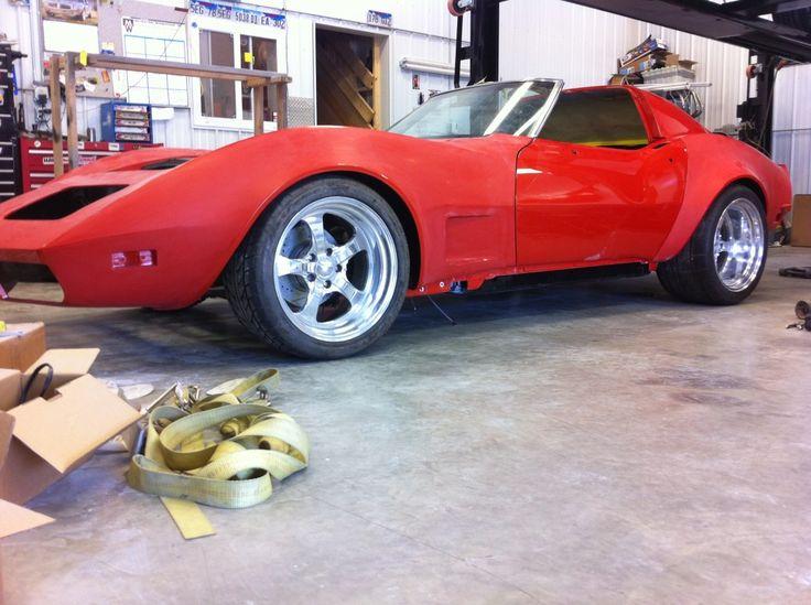 got the body back on the 76 corvette