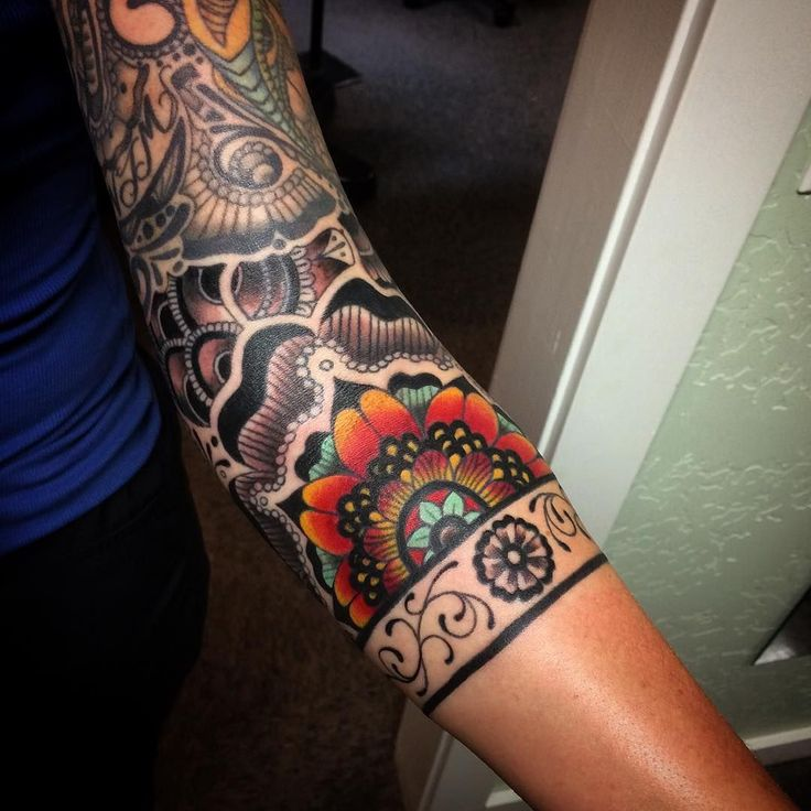30 Traditional Paisley Tattoo Designs - Tenderness, Beauty & Originality