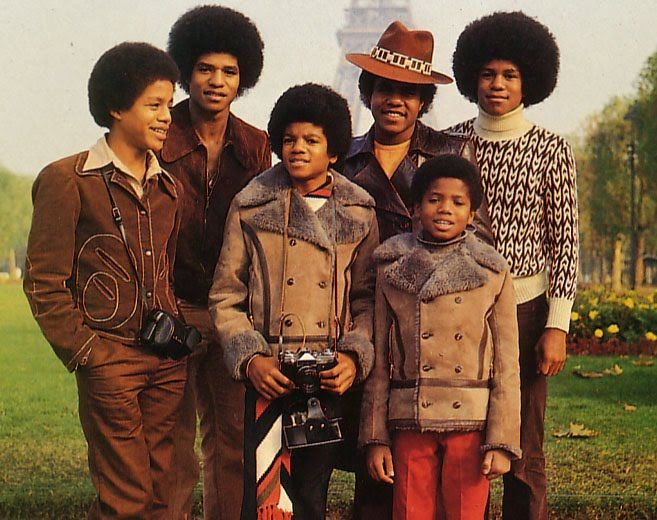 -In 1972- The Jackson 5 on their first European Concert tour in Paris (France) at the Olympia. While in Paris, the group visits the Eiffel ...