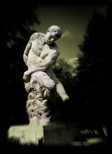 Dieu de la guerre   Dimitrie Paciurea était un sculpteur roumain né à Buca...