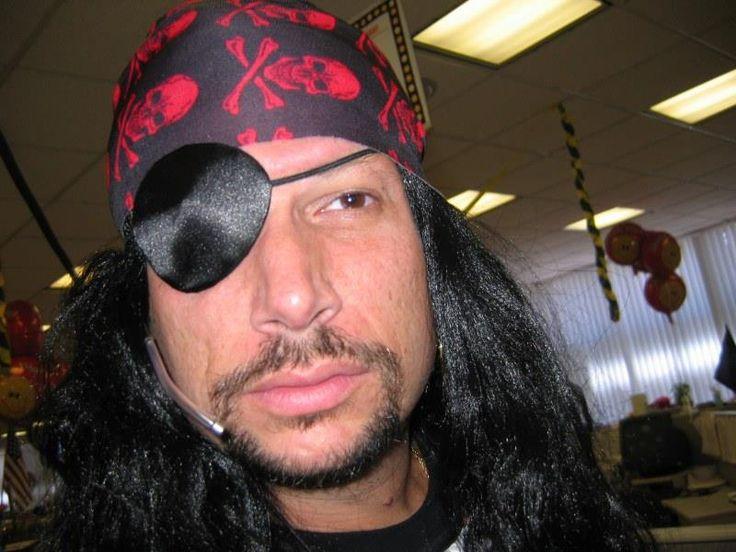 Как сделать пляжный пиратский костюм для девушки