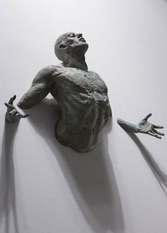I'm beginning to think that more sculptures should come out of walls.