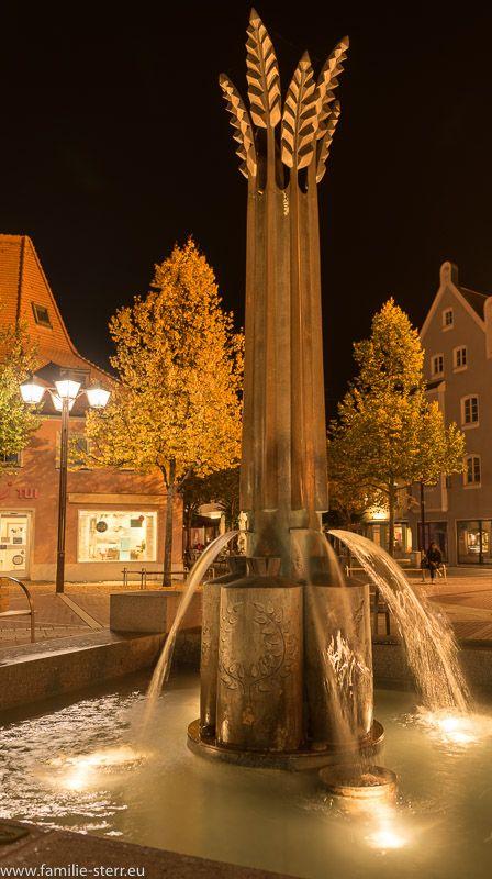 Ährenbrunnen Schrannenplatz Erding