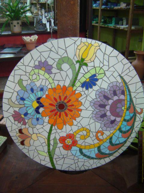 25 melhores ideias de mesas de mosaico no pinterest for Mesas de mosaico