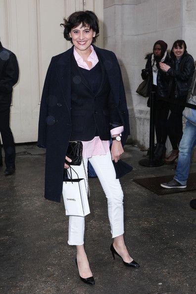 Ines de la Fressange Photo - Arrival at the Chanel Show in Paris