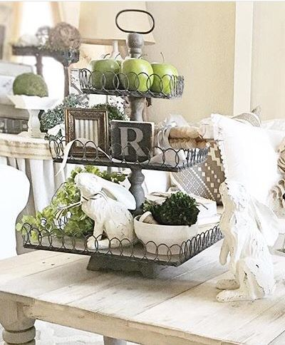 french country dining room centerpiece - Traditional Dining Table Centerpiece