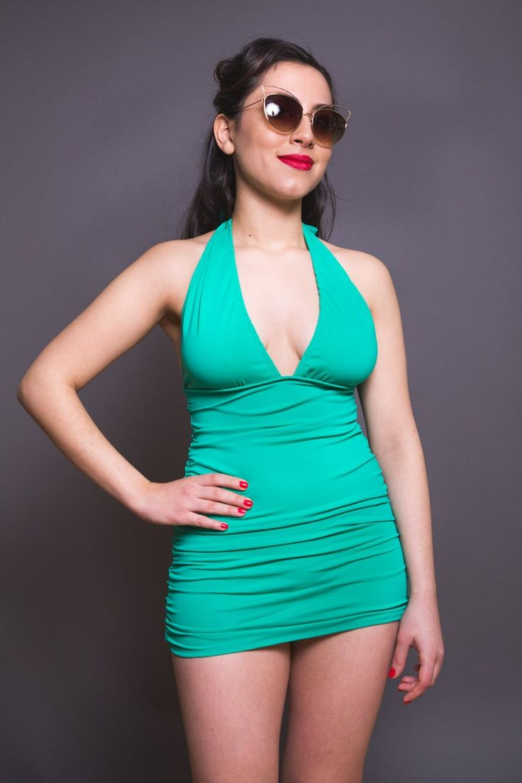 Bombshell swimsuit pattern // Ruched Halter Neck Swimsuit // Closet Case Patterns