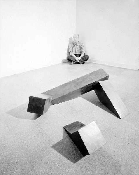 Isamu Noguchi at Cordier Ekstrom Gallery (1962) with Floor Frame