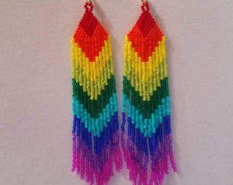 Nativo americano estilo arco iris cuentas pendientes hombro plumeros suroeste, Boho, gitano, puntada Peyote, gran regalo listo para nave de ladrillo