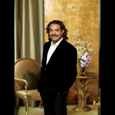 For self-made billionaire Shahid Khan, a penthouse on Chicago's Gold Coast represented the height of success. Then he aimed higher.