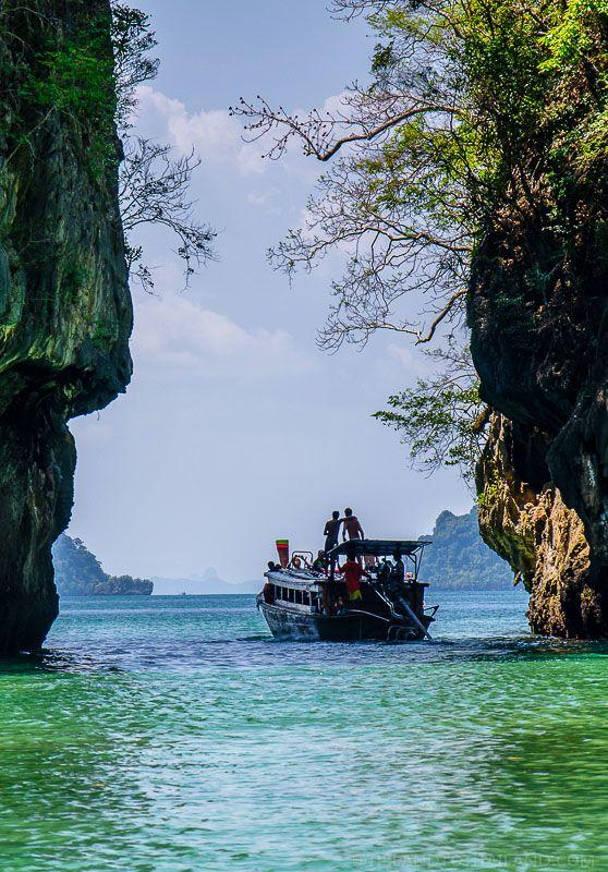 Inside the Koh Hong Lagoon | Krabi, Thailand | http://tielandtothailand.com