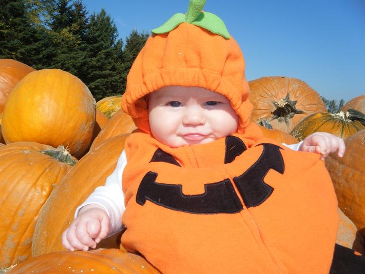 baby pic ideas <3 Halloween