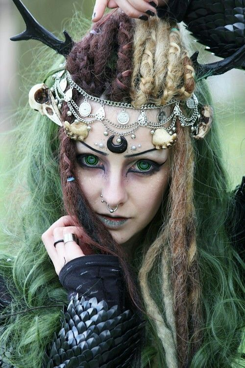 Witch Hairstyles 64 Best Reference For The Comic Images On Pinterest  Wild Women