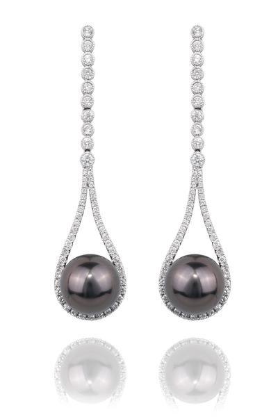 Pearl's 10mm Tahitian Pearl Teardrop Earrings