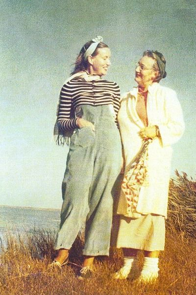 1000 images about grey gardens on pinterest grey east - Grey gardens documentary watch online free ...