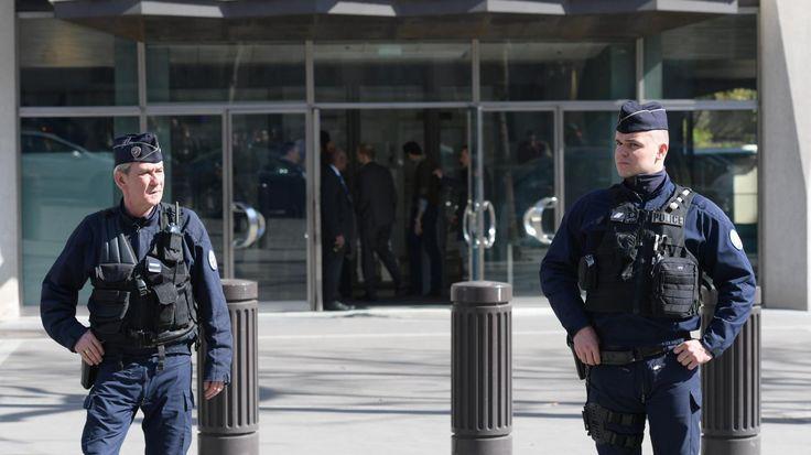 L'explosion a légèrement blessé une employée du siège parisien du Fonds monétaire international,jeudi.