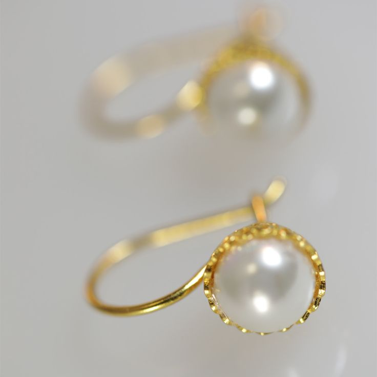 Chiara Round Earrings