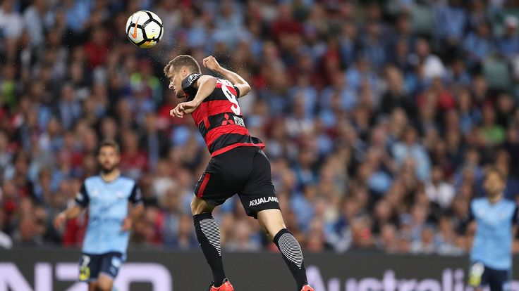HAL.3 Sat.22.10.17 Allianz Stadium:SFC (1) 2 WSW (2) 2 Riera 3' (above) Hamill 30' gave WSW a 2-goal cushion before SFC hit back in the 16th Sydney Derby.