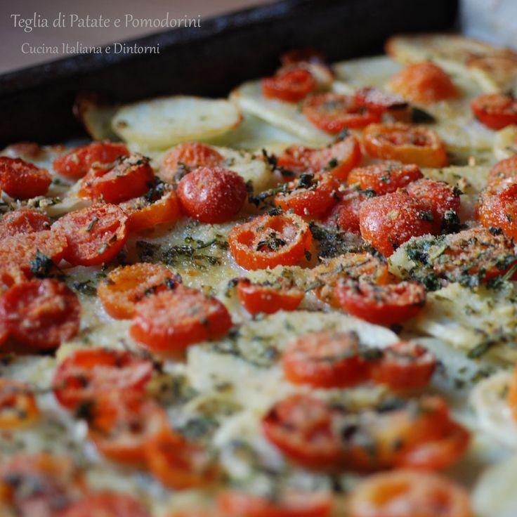 Teglia di Patate e Pomodorini al forno con Erbe Aromatiche